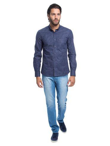 Camisa-Slim-Menswear-Gola-Abotoada01_fr