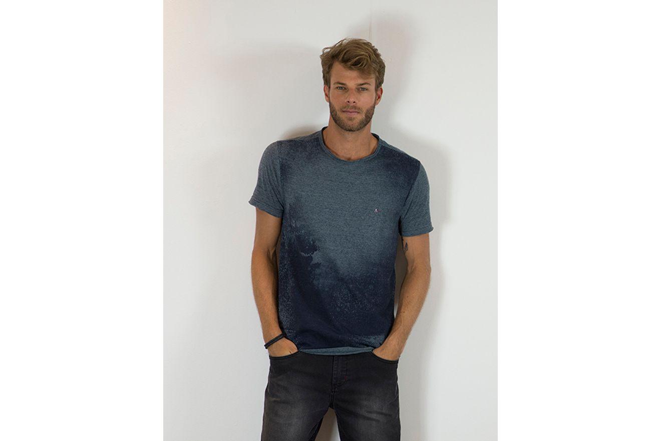 Camiseta-Botone-Estampa-Paisagem---Marinho7891236166041_02_mobile_fr