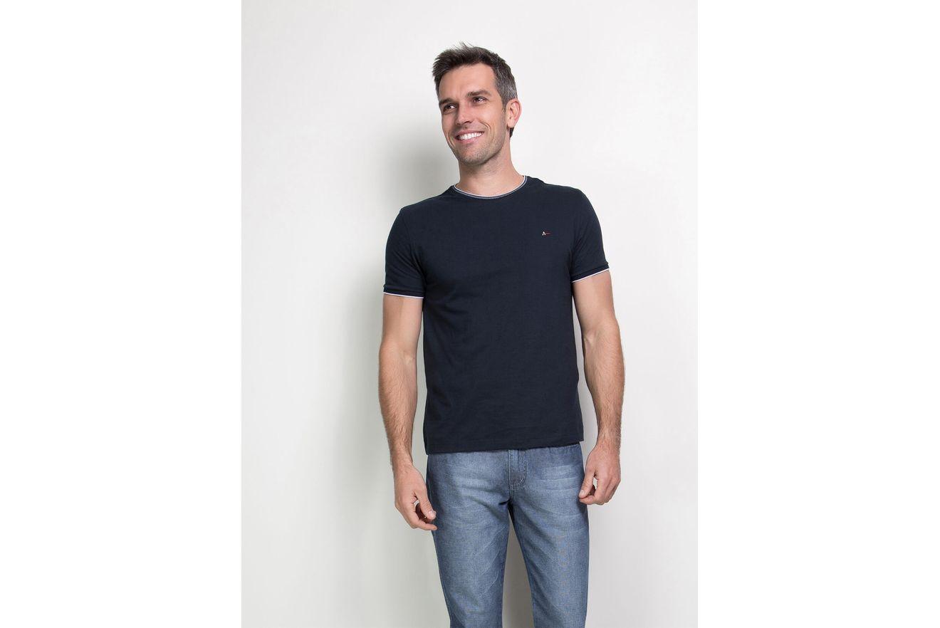 Camiseta-Lisa-com-Jacquard