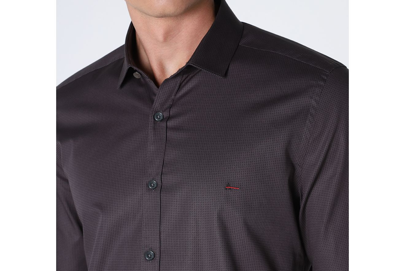 ML160580_046_6-DESK-CAMISA-NIGHT-SSLIM-PONTILHISMO