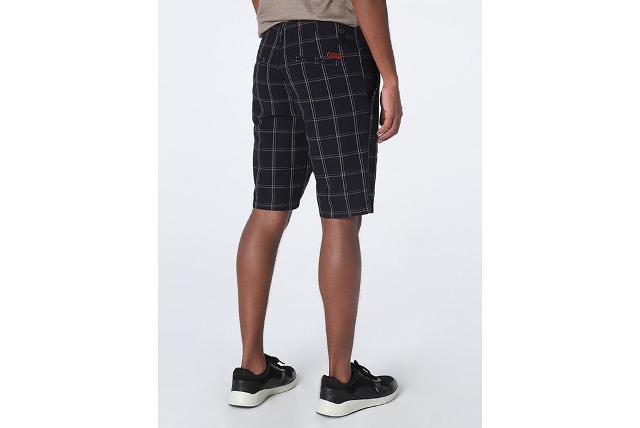 BE070821_007_4-105-MOBILE-BERMUDA-CHINO-XADREZ-BICOLOR-ESCURO-PRETO